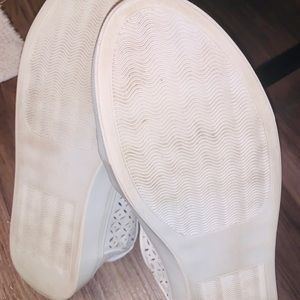 Volatile Shoes - White Leather Tennis Shoes size 8
